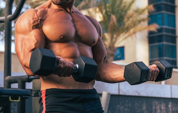 injectable-anadrol-muscular-man