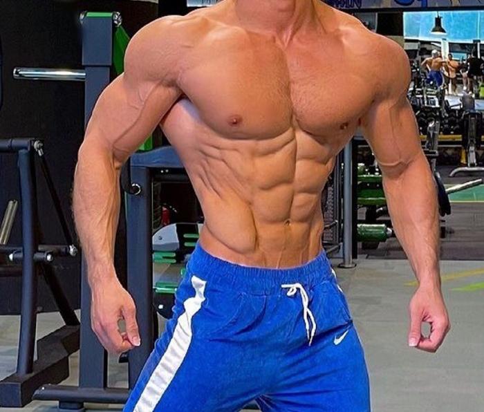 Testosterone-Propionate-Vs-Cypionate-muscular-man