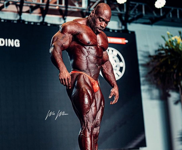 Human-Growth-Hormone-Body-Building-on-stage